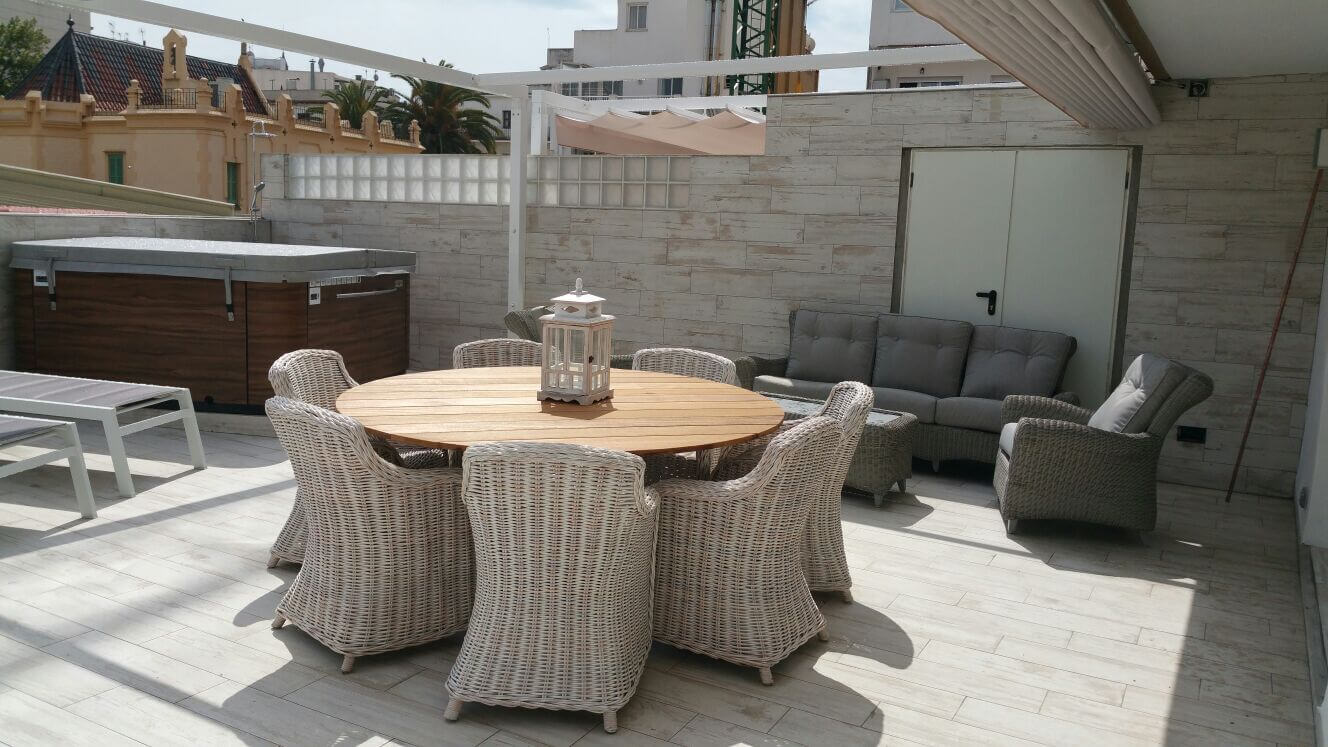 17 private terrace with exterior jacuzzi